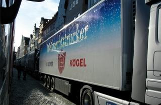 Kögel традиційно надає напівпричіп «Kögel Cargo» для благодійної акції